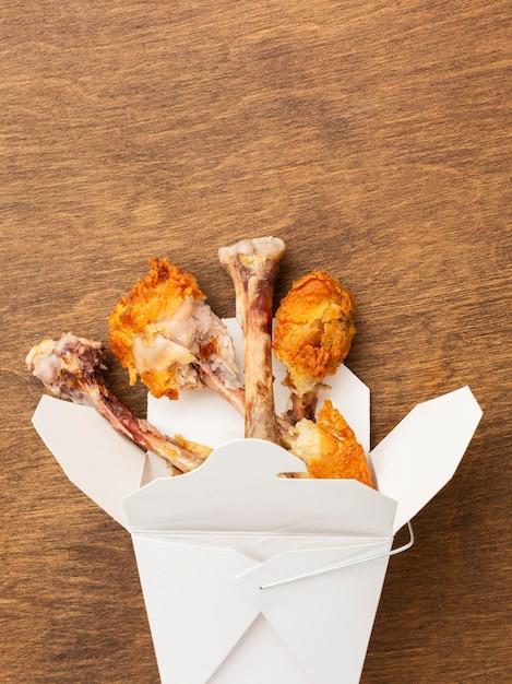 Resztki Jedzenia Z Podudzia Z Kurczaka Darmowe Zdjęcia