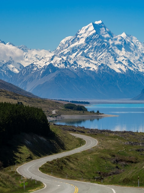 Road To Mount Cook, Nowa Zelandia Premium Zdjęcia