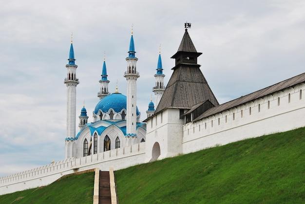 Rosja. miasto kazań. meczet kul szarif Premium Zdjęcia