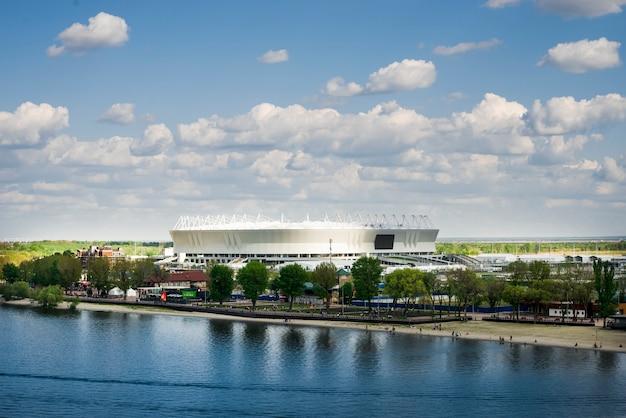 Rostów Nad Donem, Rosja. Stadion Piłkarski Rostov Arena Dzień Premium Zdjęcia