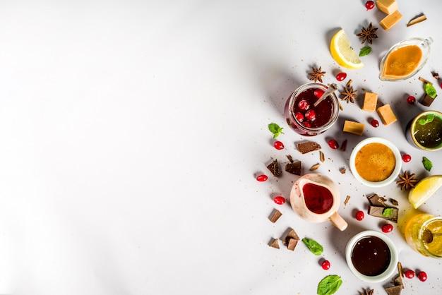 Różne słodkie sosy Premium Zdjęcia