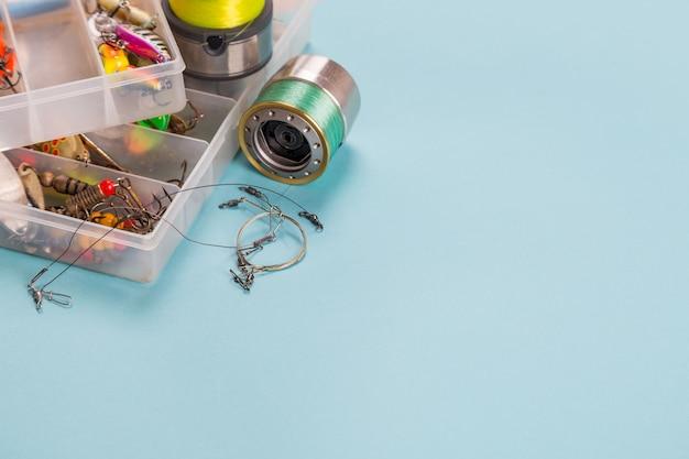 Różne Sprzęt Wędkarski Na Kolor Tła Premium Zdjęcia