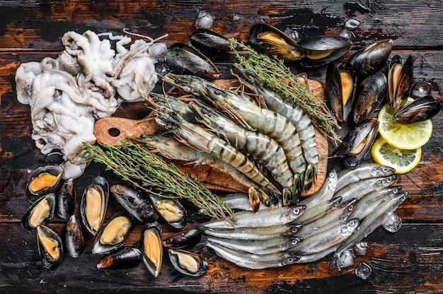 Różne Zestaw świeżych Owoców Morza Premium Zdjęcia