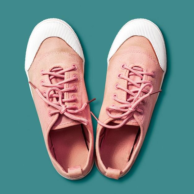 Różowe buty tenisówki Premium Zdjęcia