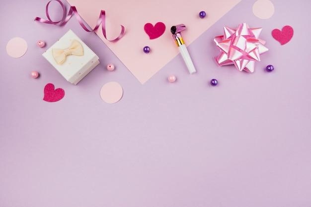 Różowe Obiekty Urodzinowe Z Miejsca Na Kopię Darmowe Zdjęcia