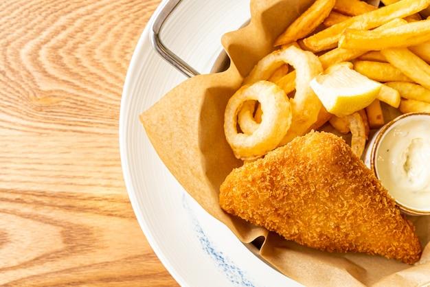 Ryba Z Frytkami Premium Zdjęcia