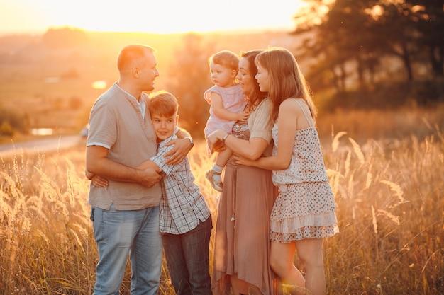 słodkie wspólnoty grupa rodzicielstwo outdoor Darmowe Zdjęcia