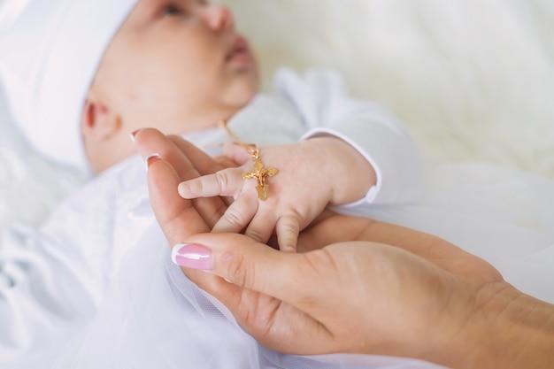 Sakrament Chrztu Dziecka Premium Zdjęcia