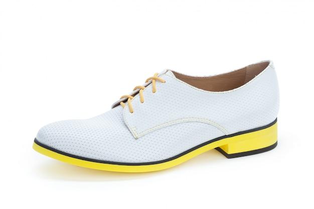 Samiec butów kostki buty odizolowywający na białym tle Premium Zdjęcia