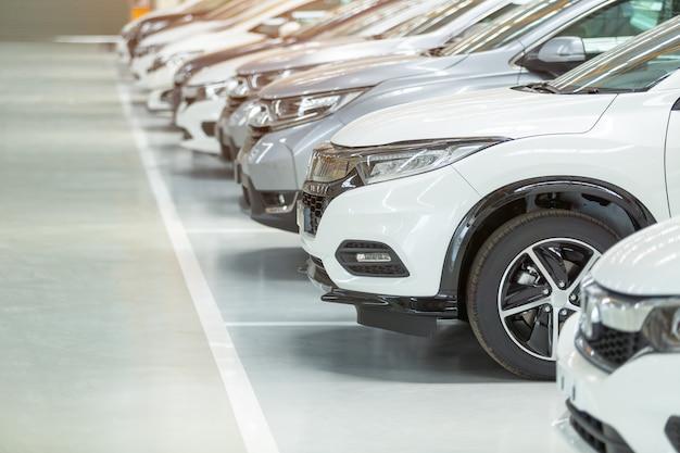 Samochody na sprzedaż Premium Zdjęcia