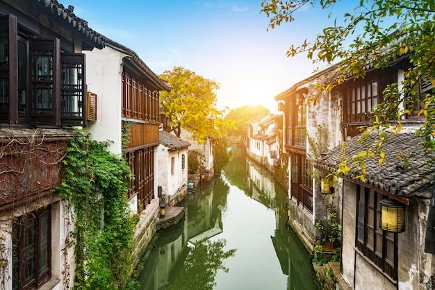 Sceneria Zhouzhuang Antyczny Miasteczko, Suzhou, Chiny Premium Zdjęcia