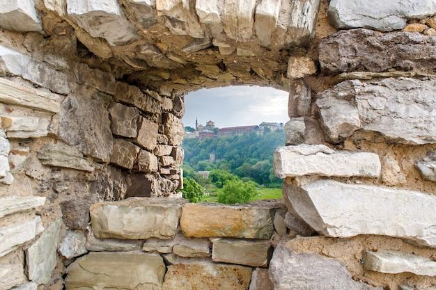 Ściana Osłonowa Twierdzy Kamieniec Podolski Na Ukrainie Premium Zdjęcia