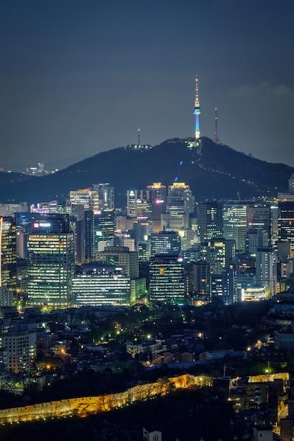 Seul Panoramę W Nocy, Korea Południowa. Premium Zdjęcia