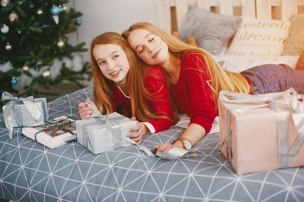 Siostry W Domu Darmowe Zdjęcia