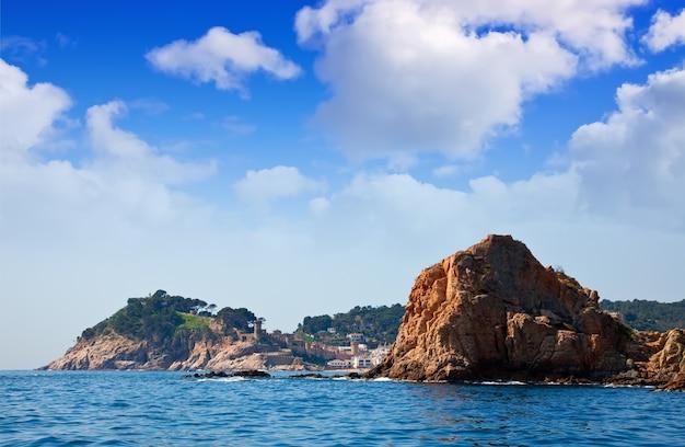 Skaliste Wybrzeża W Tossa De Mar Darmowe Zdjęcia