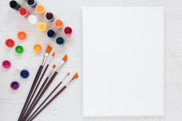 Skład Narzędzi Do Malowania I Papieru Darmowe Zdjęcia