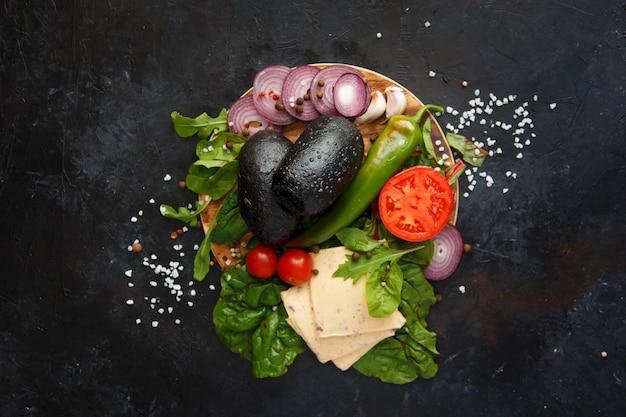 Składniki na wegetariańskiego hamburgera Premium Zdjęcia