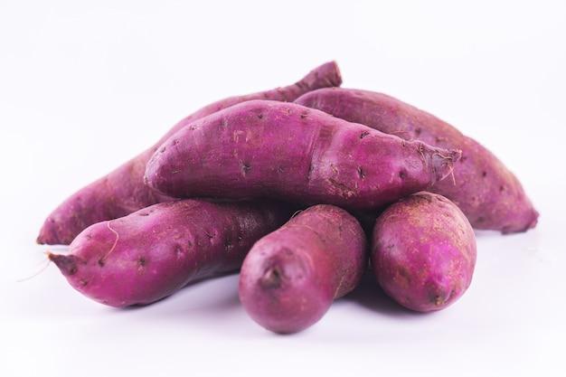 Słodki Ziemniak Ma Bardzo Smaczny Smak. Premium Zdjęcia