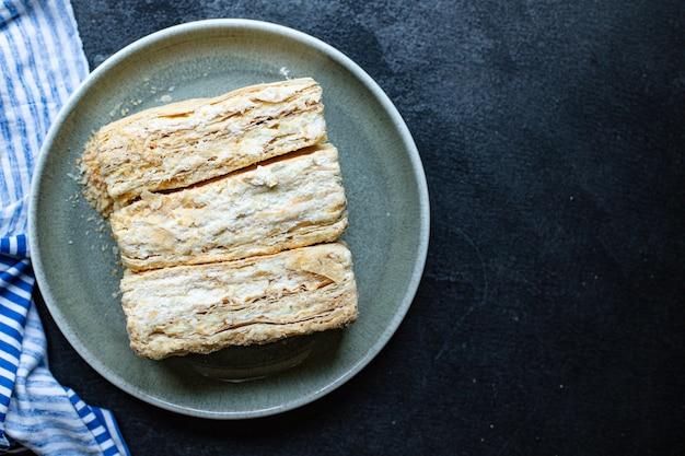 Słodkie Ciasto Napoleon Ciasto Francuskie Millefeuille Masło Deserowe Kawałek Premium Zdjęcia