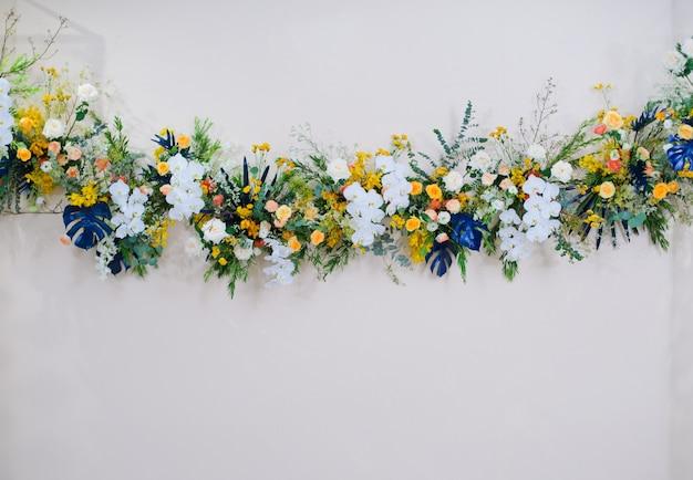Ślubny Kwiat, świeża Róża, Bukiet Kwiatów Premium Zdjęcia