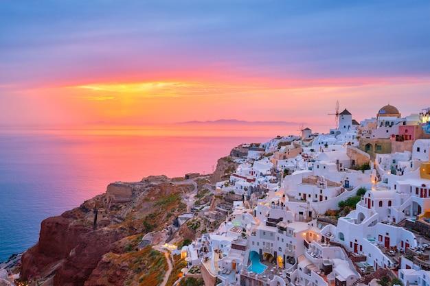 Słynny Grecki Ośrodek Turystyczny Oia, Grecja Premium Zdjęcia