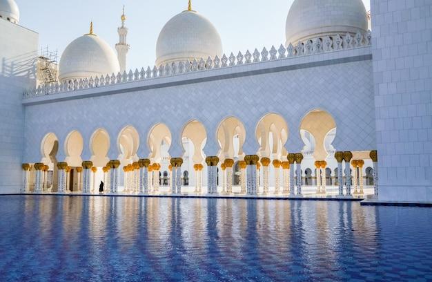 Słynny Wielki Meczet Szejka Zayeda. Zea Premium Zdjęcia