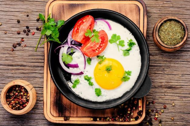 Smaczne jajko sadzone Premium Zdjęcia