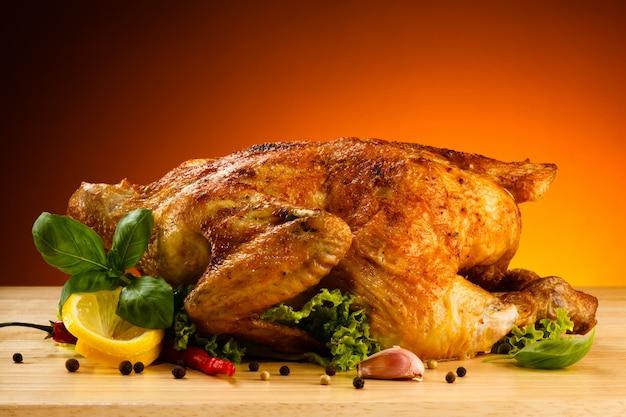 Smażony kurczak smażony kurczak Premium Zdjęcia