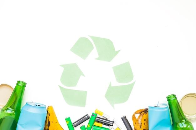 Śmieci Z Papieru Recyklingu Znak Darmowe Zdjęcia