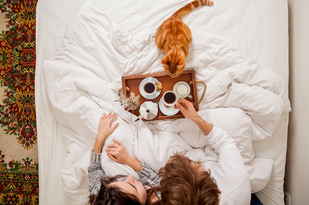 Śniadanie w łóżku Darmowe Zdjęcia