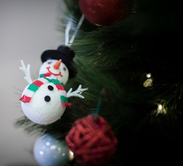 Śnieżna Kula Ziemska Dla Choinki Darmowe Zdjęcia