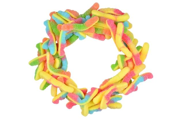 Soczyste Kolorowe Galaretki Słodycze Na Białym Tle. Gumowate Cukierki. Węże. Premium Zdjęcia