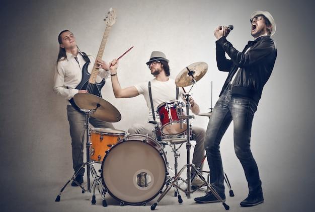 Śpiew zespołu muzycznego Premium Zdjęcia