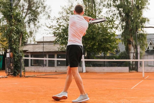 Sportowa Młoda Chłopiec Bawić Się Tenisa Darmowe Zdjęcia