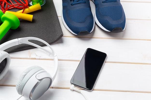 Sportowe Koncepcje Fitness Ze Sprzętem Do ćwiczeń Premium Zdjęcia