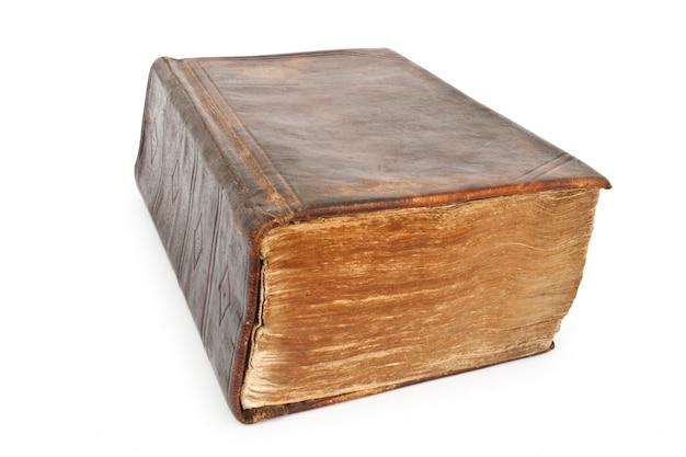 Stara Biblia Z 19 Wieków Na Białym Tle Premium Zdjęcia
