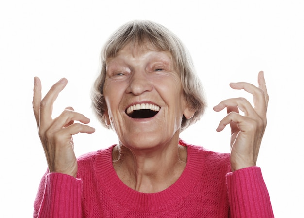 Stara Szczęśliwa Zdziwiona Kobieta Nad Białym Tłem, Stylu życia Pojęcie Premium Zdjęcia