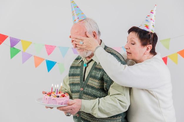 Starsi ludzie świętuje urodziny Darmowe Zdjęcia