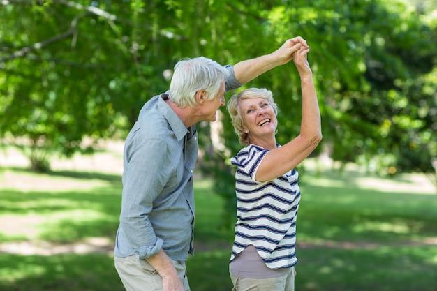 Starszy taniec para Premium Zdjęcia