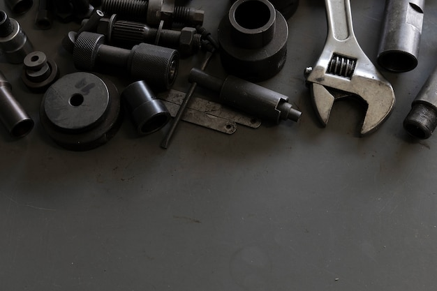 Starzy Narzędzia Na Mechanika Biurka Tle Premium Zdjęcia