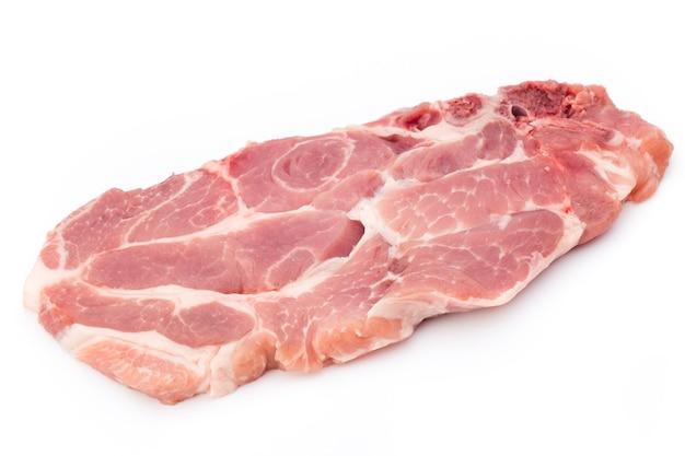 Stek świeżego Surowego Wołowiny Na Białym Tle Na Białej Powierzchni, Widok Z Góry. Premium Zdjęcia