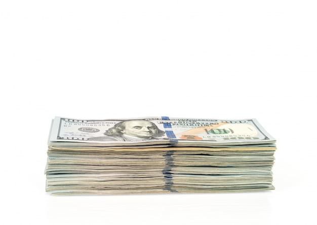 Sto dolarów banknotów na białym tle Darmowe Zdjęcia