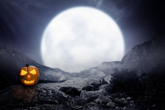 Straszny Jack-o-lantern Na Skalistej Górze Premium Zdjęcia
