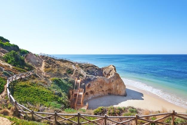 Strefa Rekreacyjna Pieszo Do Morza. Portugalia. Premium Zdjęcia