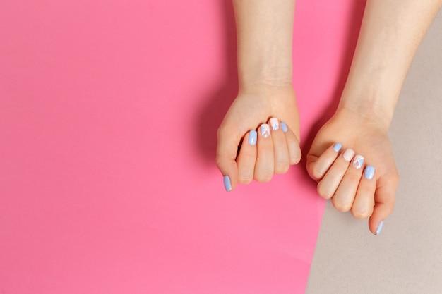 Stylowy Modny Manicure żeński Premium Zdjęcia