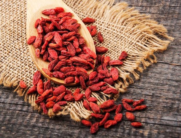 Suche Czerwone Jagody Goji Premium Zdjęcia
