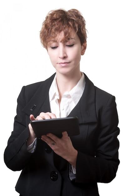 Sukces krótkie włosy biznes kobieta za pomocą tabletu Premium Zdjęcia