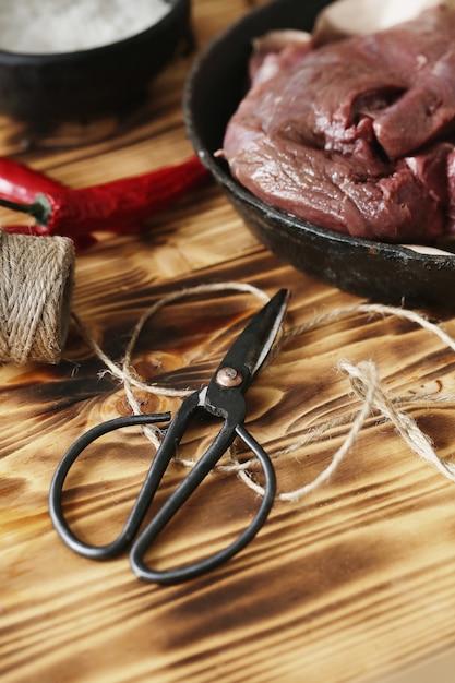 Surowe Mięso Ze Składnikami Do Gotowania Posiłku Darmowe Zdjęcia