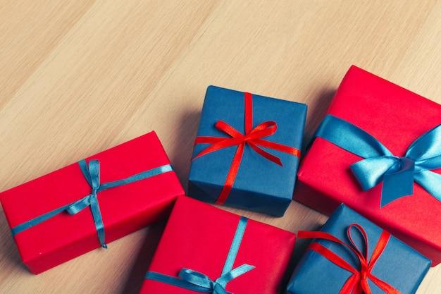 Świąteczne pudełko na tablet Premium Zdjęcia