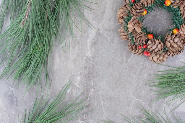 Świąteczny Wieniec świąteczny Z Brunchem Z Drzewa. Darmowe Zdjęcia